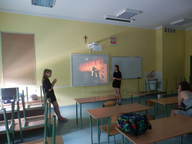 Oglądasz zdjęcia związane z artykułem: Spotkanie porejsowe w Gimnazjum nr 1 w Józefowie