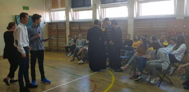 Oglądasz zdjęcia związane z artykułem: Dzień Papieski